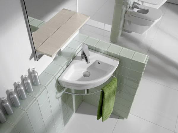 угловые раковины для ванной комнаты с крепление к стене
