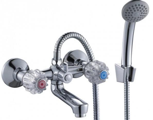 смеситель в ванну от Rossinka