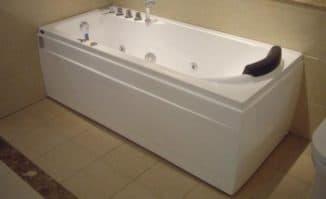 ванна акриловая для квартиры