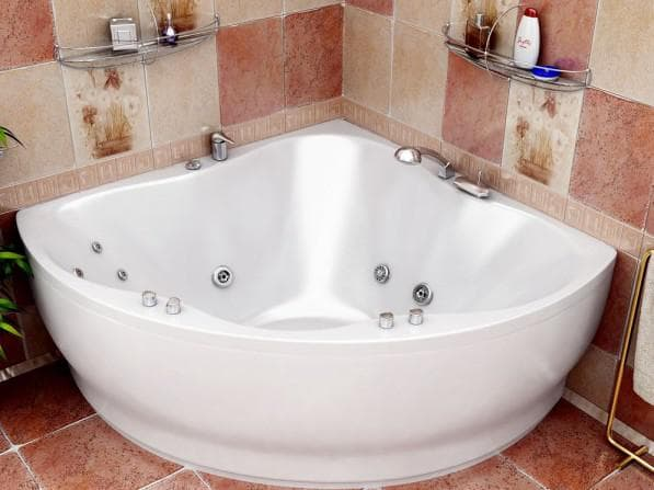 угловая акриловая ванная