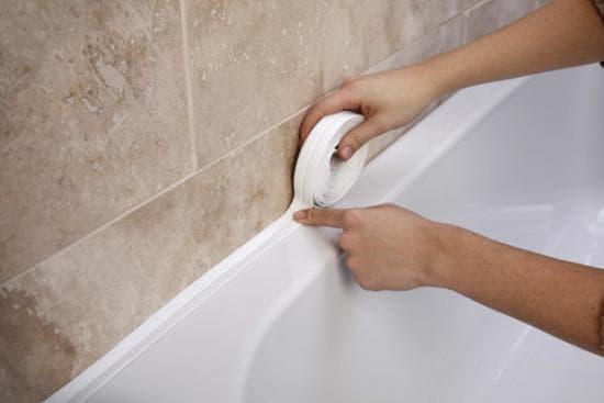 бордюрная лента для шва между ванной и стеной