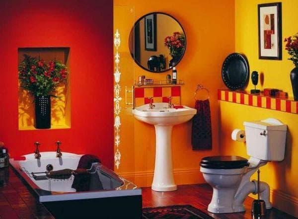 классическое сочетание черно – бело – красной палитры в ванной