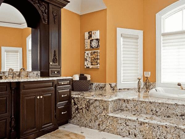 контрастные интерьеры в ванной комнате
